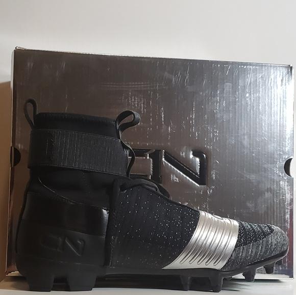 3ccc4cb1cd56 Under Armour Shoes | Ua C1n Mc Football Cleat Black Silver | Poshmark